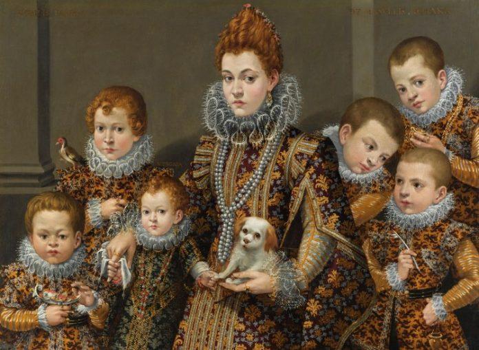 La exposición mostrará la personalidad artística de dos de las mujeres más notables de la historia del arte occidental. A través de un total de sesenta obras, el Museo del Prado reunirá por primera vez, en el mismo espacio, los más importantes trabajos de Sofonisba Anguissola (ca. 1535-1625) y Lavinia Fontana (1552-1614), pintoras que alcanzaron reconocimiento y notoriedad entre sus contemporáneos, a pesar de y al mismo tiempo, por ser mujeres. Ambas supieron romper con los estereotipos que la sociedad asignaba a las mujeres en relación con la práctica artística y el arraigado escepticismo sobre las capacidades creativas y artísticas de la mujer.